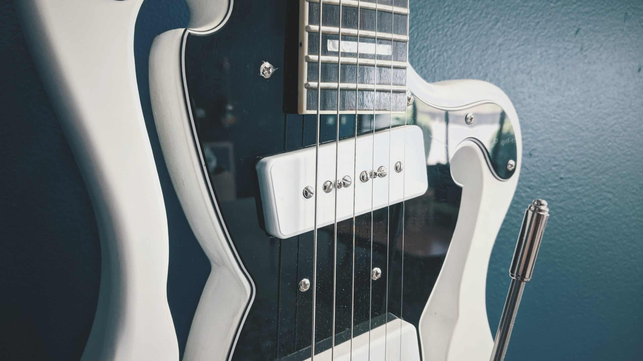 Types of guitar pickups: Humbuckers on a PRS